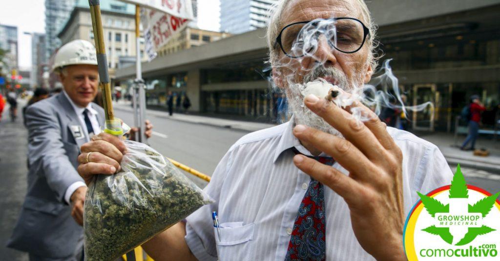 Consumo de Cannabis en la vía pública